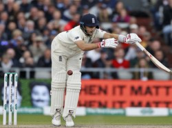 Micthell Starc S Delivery Has Broke Joe Root S Box In 4th As