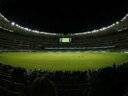 Australia Women S Captain Meg Lanning Called Teammate For Toss