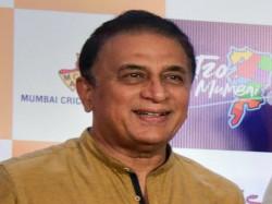 Sunil Gavaskar Asks Question In Kbc Style In Bengaluru