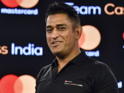 Ms Dhoni Takes Table Tennis Match With Bravo Viral Video