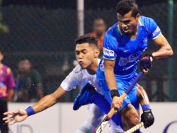Clash Between Hockey Players Of Both Team In Nehru Cup Final