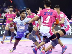 Gujarat Fortune Gaints And Tamil Thalivas Victorious In Pro Kabaddi