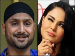 Harbhajan Singh And Veena Malik Engage In Tweet War On Imran