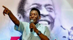 Football Legend Pele S Last Brazil Jersey Sells For 30 000 Euros In Italy