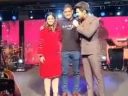 Ms Dhoni Sung Song Share Stage With Armaan Malik