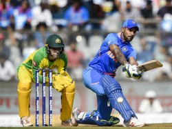 Shikhar Dhawan Become 5th Indian With Thousands Odi Run Against Australia