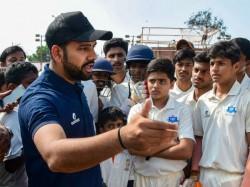 Mumbai Ranji Team Lost 2 Match In A Row Rohit Sharma Gives Pep Talk To Team
