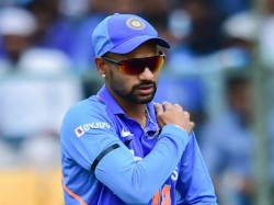 India Vs Australia 3rd Odi Shikhar Dhawan Taken For X Ray To Hospital