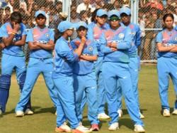 Indian Women Lost Tri Series Final Against Australia In Austalia