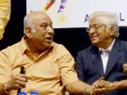 Years Old Former Indian Football Captain Pk Banerjee Put On Ventilator
