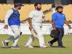 Bengal Vs Saurashtra Ranji Trophy Final Cheteshwar Pujara Retires Hurt