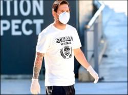 Coronavirus In Sports Messi Returns To Barcelona Practice Ground For Covid 19 Corona Test