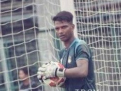 I League Winning Goalkeeper Shankar Roy Move East Bengal Wants To Join Mb Trophy Celebration