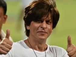 Shah Rukh Khan S Trinbago Knight Riders Team To Distribute Foodto Needy People During Corona Crisis