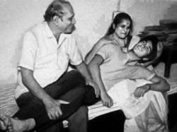 Sachin Tendulkar Post Rare Pic With Parent Give Message Amid Corona Pandemic
