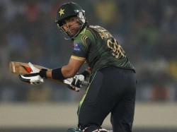 Pcb Reduced Umar Akmal Corruption Ban From 3 Years To 18 Months